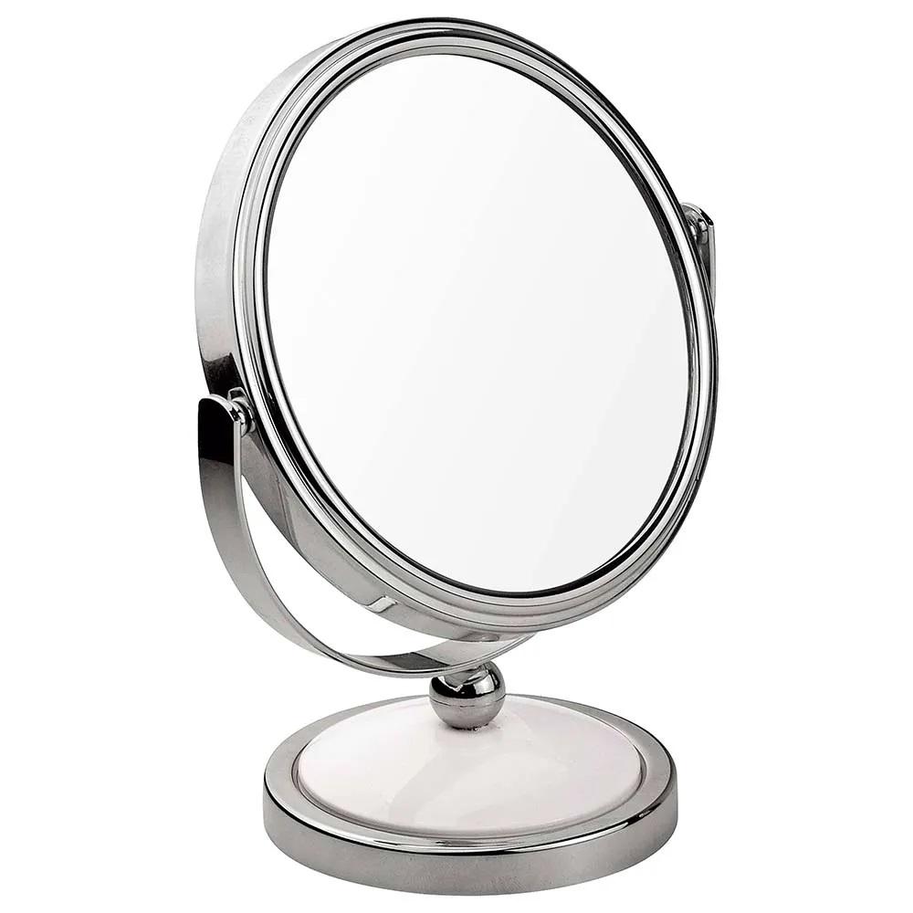 Como se maquiar tendo presbiopia: lente de aumento